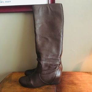 Report leather boot